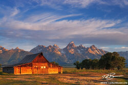 Mormon Row photos,Moulton Barn Photos, Grand Tetons pictures, rural photo,Grand Teton Sunrise images,barn pictures