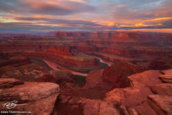 Desert Photos,southwest picture,utah,sunrise photo, Dead Horse Point Overlook pictures,dead horse point photos, pink, red canyons,