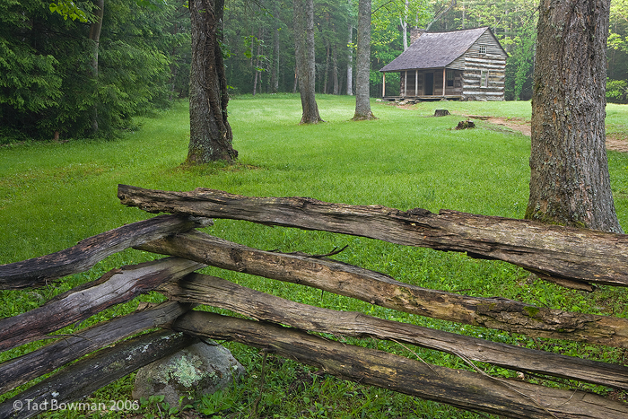 Cades Cove photos,Carter Shield's Cabin pictures, smokey mountains,Historic image,Smoky Mountains images,tennessee, photo