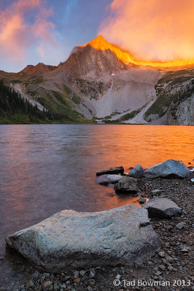 Colorado, Sunrise, dramatic,light,orange,Snowmass Peak, Snowmass Lake, photo, mountain,mountains,image,picture, photographs,morning,summer