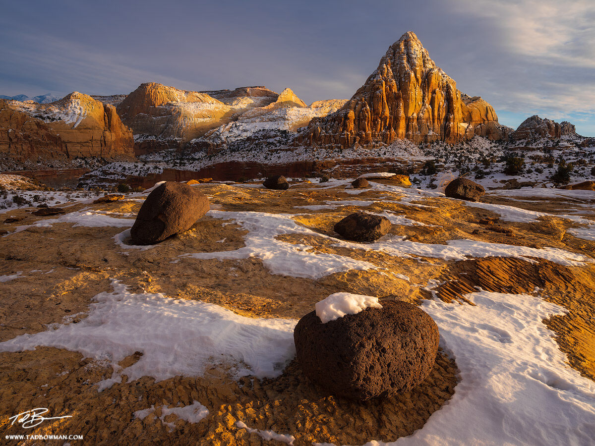 Utah images,Sunset,warm,Winter,Pectol's Pyramid photos, pectols pyramid pictures,Boulders,Capitol Reef National Park images, photo