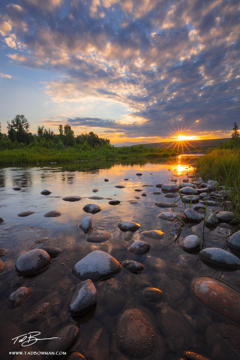 Wyoming, Grand Tetons, Tetons, sunrise, Snake River, Snake River photos, Grand Teton Photos, Grand Teton National Park photos, Teton photos, sun, clouds, photo