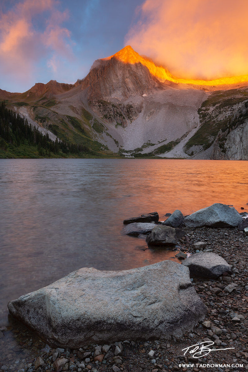 Colorado, Sunrise, dramatic,light,orange,Snowmass Peak, Snowmass Lake, photo, mountain,mountains,image,picture, photographs,morning,summer, photo