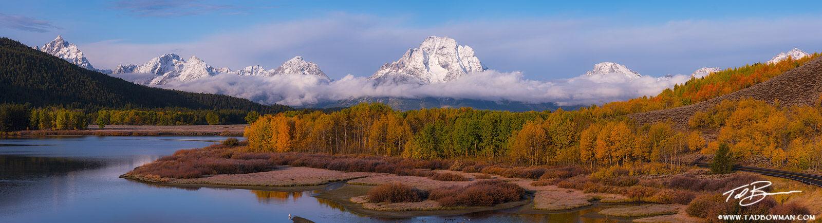 Wyoming, Grand Tetons, Grand Teton photos, Grand Teton fall photos, fall, autumn, fall foliage, Oxbow Bend, sunrise, snow, snowy, Grand Tetons snow, photo
